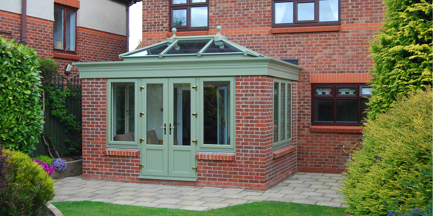 How to Furnish Your Orangery?